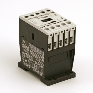 002B. Contactor 15A DILM15-10